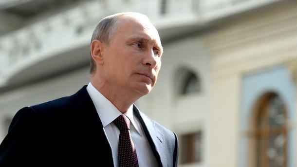 """Путин при смерти? """"Новое лицо"""" главы Кремля потрясло россиян и весь мир (ФОТО)"""