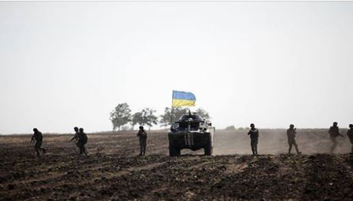 Под Луганском силы ООС разбили бойцов Путина: рации боевиков разрываются, не успевают вывозить 200-тых и 300-тых