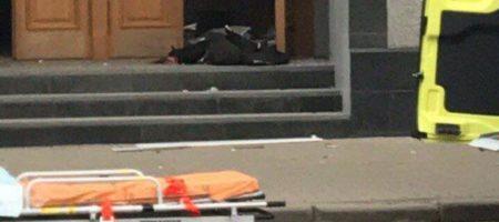 В Архангельске смертник подорвал здание ФСБ, есть погибшие. Что известно о смертнике (КАДРЫ)