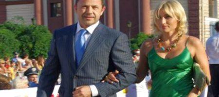 Известный украинский политик, возможный кандидат в президенты, разводится с женой (ФОТО + ВИДЕО)