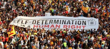 Сепаратистский шабаш в Барселоне: в городе массовые беспорядки