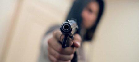 В российском Калининграде директор стрелял в своего рабочего потребовавшего зарплату