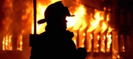 Огромный пожар в Керчи: в городе идет эвакуация (ВИДЕО)
