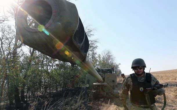 В штабе ООС сообщили, что боевики пытались вытеснить украинских воинов с Бахмутской трассы
