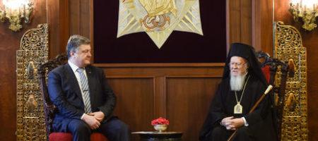 """Константинополь поддержал Порошенко. Больше Онуфрий с Кремлем не будут """"гнуть пальцы"""" в Украине – эксперт"""