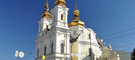 Начались провокации: 20 мужчин ворвались в собор УПЦ МП Винницы и захватили здание
