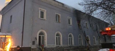 Подозреваемого в поджоге Киево-Печерской Лавры задержали (ВИДЕО)