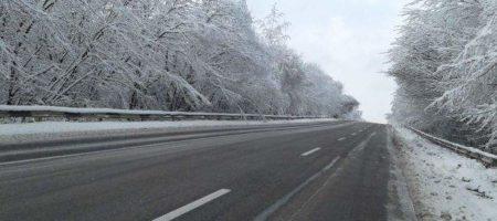 Украинских водителей предупредили о ситуации на дорогах