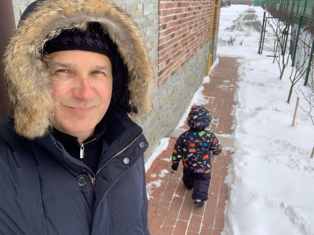 Юрий Горбунов поделился редким фото с сыном