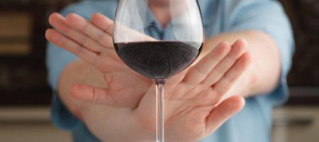 Ученные рассказали, чем может обернутся полный отказ от алкоголя