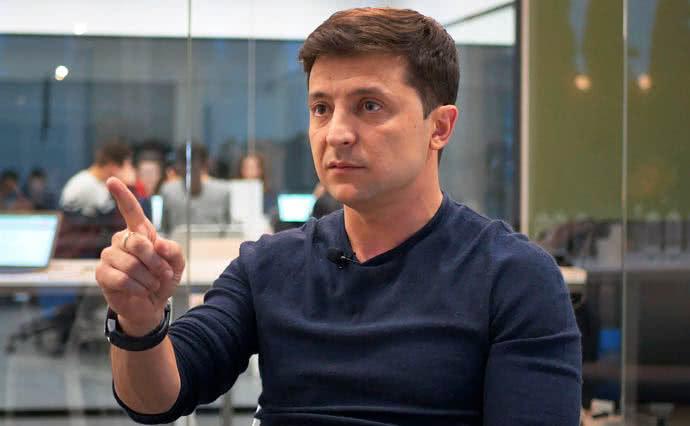 """Гражданская сеть """"Опора"""" назвала подкупом бесплатные концерты Зеленского"""