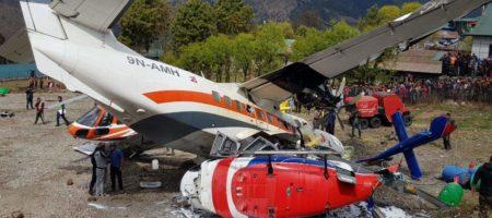 Смертельное ЧП в аэропорту Непала: самолет столкнулся с вертолетом