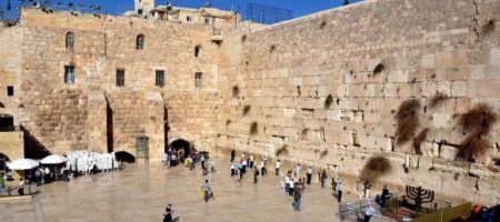 Пылает святыня Иерусалима: там молился Иисус Христос (ВИДЕО)