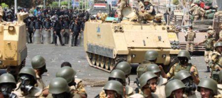 Внимание туристам: власти Египта снова вводят чрезвычайное положение на 3 месяца