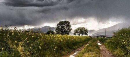 Синоптики прогнозируют сильные дожди по всей Украине