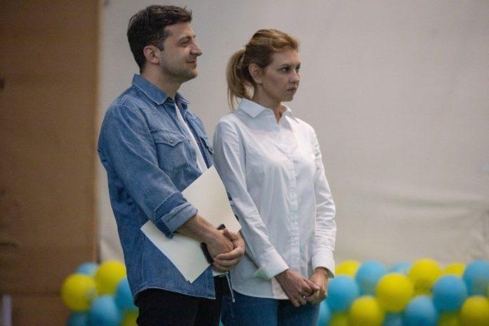 Зеленский впервые посетил мероприятие с супругой в роли первой леди Украины