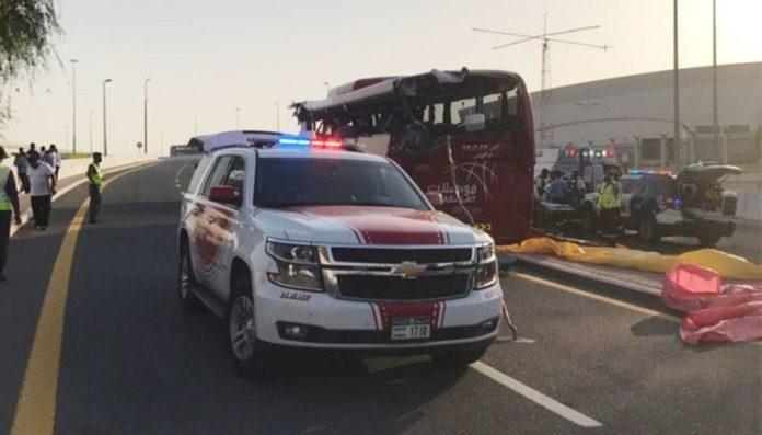 17 туристов погибло в Дубае в результате ДТП