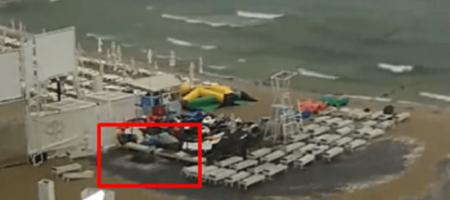 На известном пляже Одессы забили фонтаны из нечистот (ВИДЕО)