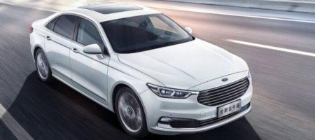 Ford обновил свою линейку, презентував обновленный популярный седан