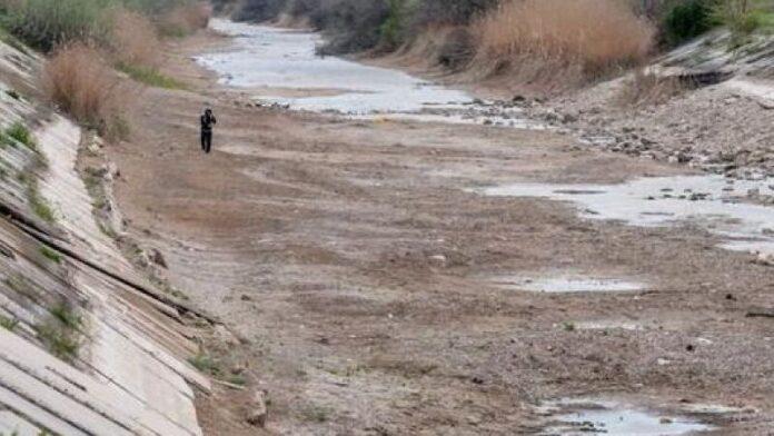"""Украинские власти отреагировали на заявления крымских """"властей"""" о поставках воды"""