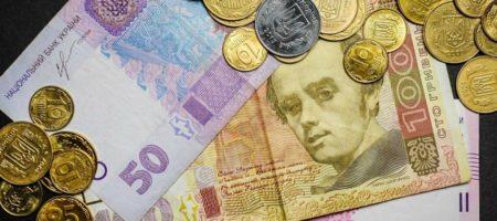 Украинская гривна возглавила список мировых валют самых укрепившихся к доллару