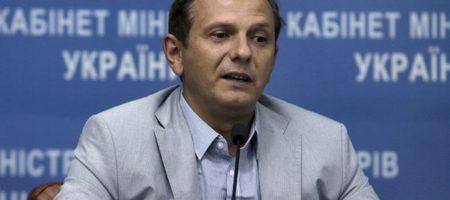 Советник Зеленского рассказал, что целью РФ - посадить наших аграриев на иглу
