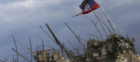 """Работают партизаны: в оккупированном Донецке боевики """"мимикрируют"""", но это не помогает"""