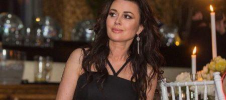 Близкая подруга Заворотнюк рассказала, в каком состоянии находится актриса