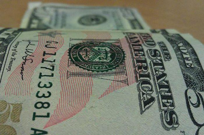 Доллар по 40 гривен: тревожный прогноз до конца года