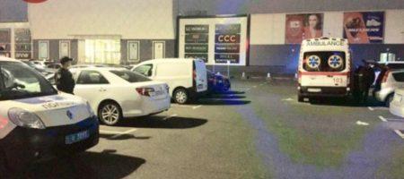 Выпила яд на глазах у мужа: появились подробности гибели женщины на парковке в Киеве. ВИДЕО