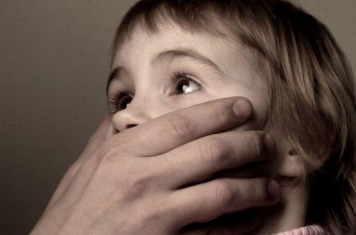 Молния! В центре Киева похитили ребенка: первые подробности