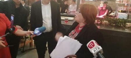 Вдома АТОшника устроила скандал на пресс-марафоне Зеленского (ВИДЕО)
