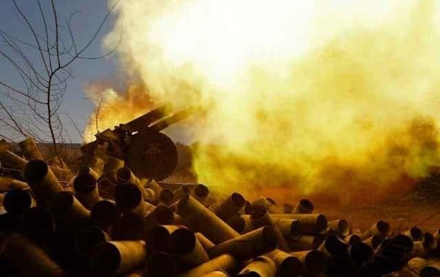 Очередное обострение на Донбассе: российские оккупанты применили артиллерию