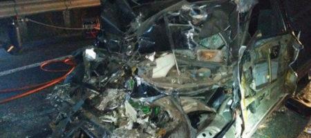 Тела вырезали из груды металла: авария под Черкассами всколыхнула Украину