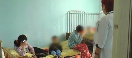 Мать-кукушка на Кировоградщине бросила дюжину своих деток одних на полмесяца. ВИДЕО