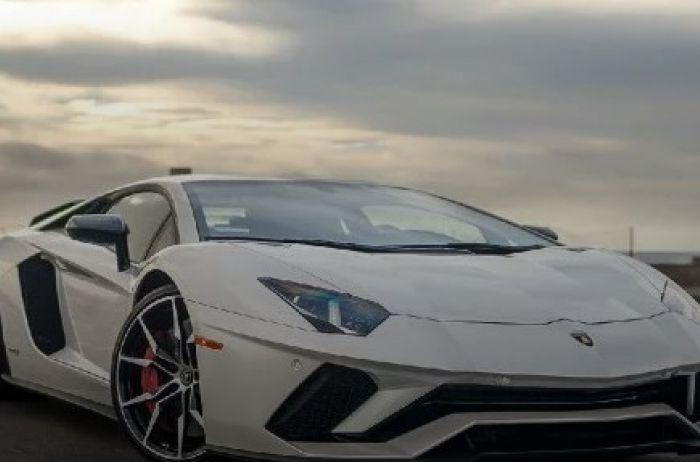 """Из легендарного """"ВАЗ-2106"""" сделали Lamborghini, в сеть слили ФОТО"""