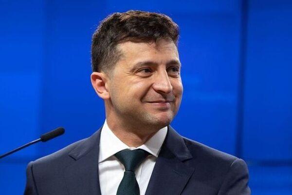 Зеленский оскандалился своим поздравлением в Facebook