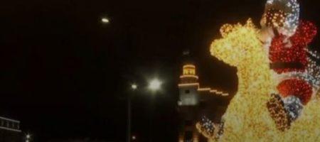 """""""Х**вик от Кернеса"""": харьковчан решили по-взрослому поздравить с Новым годом"""