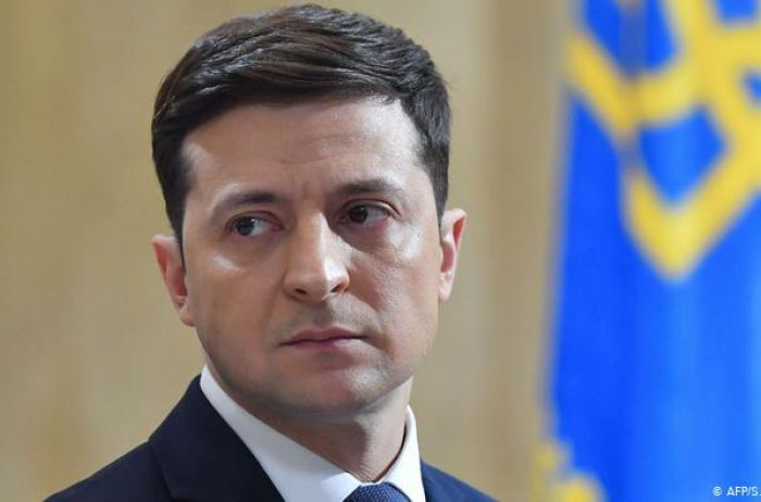 """Зеленский готов уйти в отставку: """"Меня должны..."""""""