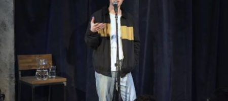 Российский комик, шутивший о Путине, срочно покинул РФ