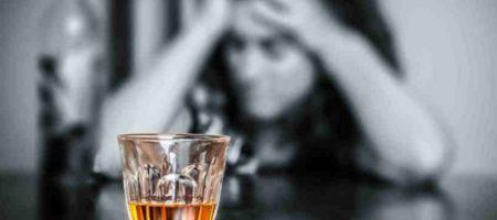 Лучше даже не нюхать: знаки Зодиака, для которых алкоголь особо опасен