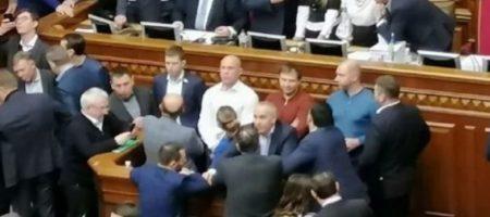 Русского языка не будет – депутаты не поддержали отмену закона