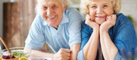 """""""Бонус"""" к пенсии: работающим пенсионерам обещают надбавку"""