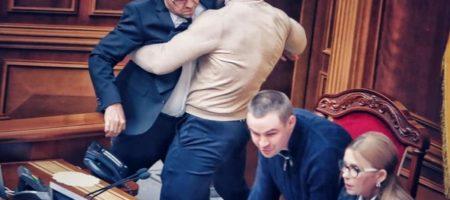 Голосование за рынок земли ОНЛАЙН: Тимошенко устроила потасовку с Разумковым и другие события в ВР