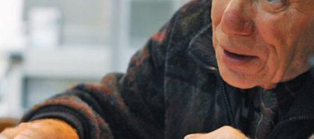 Сколько старикам нужно доплатить за трудовой стаж, чтобы хватило на пенсию: детали