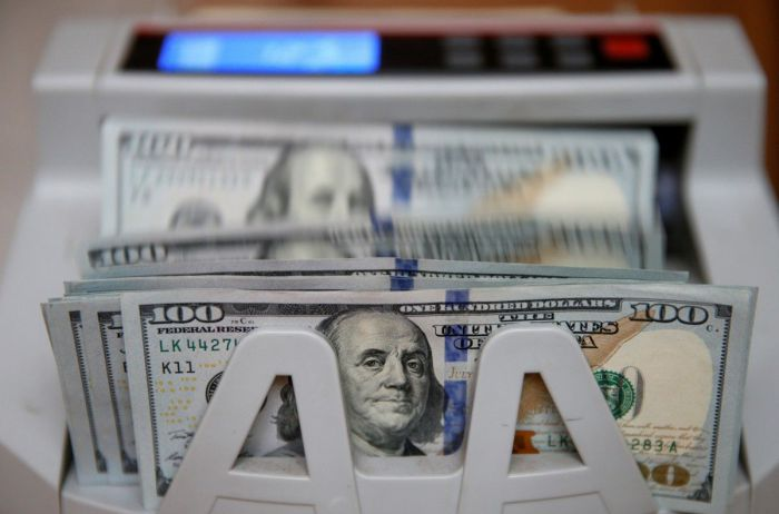 Доллар по 30 гривен: эксперты предупреждают о риске обвала