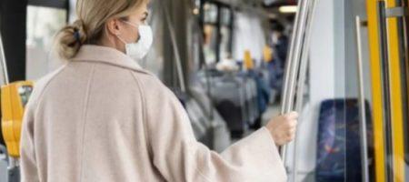 В Киеве без масок не будут пускать людей в общественный транспорт