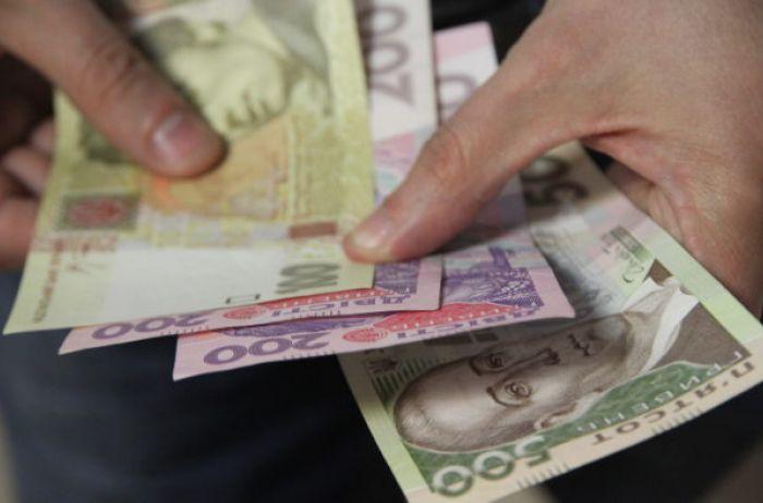 По 1000 гривен каждому, не только пенсионерам: министр Лабезная рассказали, кому повезет