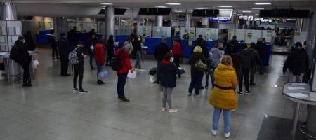 В Украину за сутки пешком вернулись более 20 тысяч заробитчан