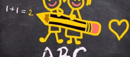 Появилось полное расписание занятий онлайн уроков для украинских школьников